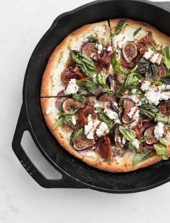 Fig and Prosciutto Pizza in a Skillet