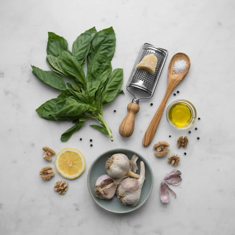 Ingredients for Walnut Pesto Carbonara